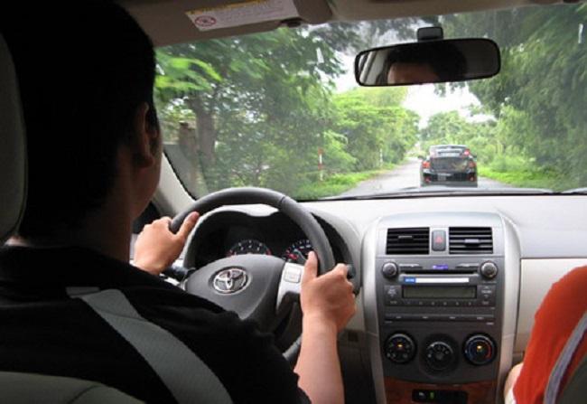 tập lái xe ô tô số sàn