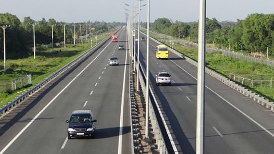 lái xe đường cao tốc
